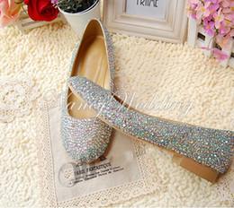 Wholesale Elegant Crystals Bridal Shoes - Fashionable Elegant Rhinestone Crystal wedding Flat Heels bridal shoes Princess Dress Shoes Party Prom Dancing Shoes