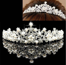 Barato Gorgeous Drills Cristales coronas nupciales Tiaras Reina Princesa Perla Rhinestones Diamante Diadema Boda Accesorios para el cabello En stock desde fabricantes