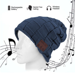 Wholesale Knitted Apple Hats - 2017 new wireless bluetooth headset hat knitted bluetooth cap headphone warm winter hats music player earphone best Christmas gift