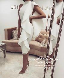 Sexy Backless Дешевые Страна Короткие Платья Подружек Невесты 2020 Высоким Шею Оборками Длина Чая Плюс Размер Фрейлина Свадебные Гость Пром Платья от