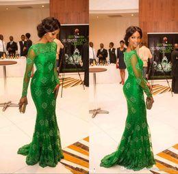 Miss nigeria s'habille en Ligne-Tops De Luxe Tapis Rouge Mlle Nigéria Magnifique Dentelle Verte Robes De Bal De Célébrité Sheer Scoop À Manches Longues Trompette Soirée Sirène Robes Formelles