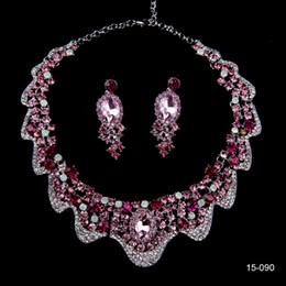 Sparkly Lüks Rhinestones Kolye Küpe Düğün Parti için Gelinlik Takı Setleri cheap sparkly earrings nereden kıvılcımlı küpeler tedarikçiler