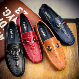 Wholesale Male Pumping - 2018 Man Point Toe Dress Shoe Casual Shoes Italian Designer Mens Dress Shoes Men Luxury Loafers Doug Shoes For Male Size 38-44