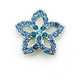 Pulsera de flor azul online-Moda 18 mm a presión botones azul Rhinestone flor Metal Casp DIY intercambio pulseras accesorios joyería