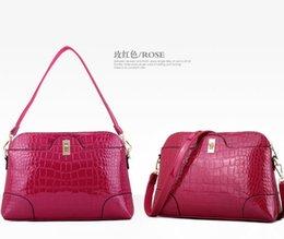 Wholesale Hugo Men - Wholesale-2015 new patent leather snakeskin pattern handbags shell bag shoulder heart crossbody messenger bag bolsas victor hugo handbag