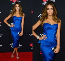 Wholesale Custom Celebrity Body Dresses - Royal Blue Sheath Evening Gowns Cheap Body-con Satin Short Prom Gowns with Peplum Stylish Formal Celebrity Dresses Evening Wear