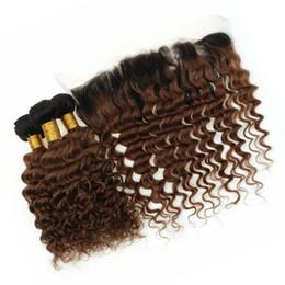 Castaño malayo crespo online-Dos tonos 1B / 30 Ombre encaje frontal con paquetes Deep Wave rizado Ombre Auburn Malasia cabello humano teje con frontal