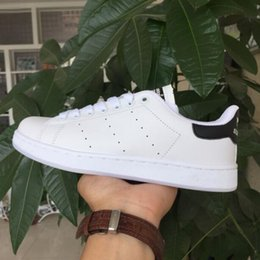 Wholesale Dress Classic Shoes Men - 2017 Hot sale Lowest Price NEW STAN SMITH SNEAKERS CASUAL LEATHER MEN'S AND WOMEN 'S SPORTS RUNNING JOGGING SHOES MEN FASHION CLASSIC FLATS