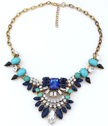 Wholesale Exaggerated Bib Necklace - 2015 Fashion Vintage Brand Bib Collar Jewelry Exaggerate Flower Charm Luxury Statement Necklace Queen Head Acrylic Beads S93679