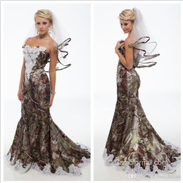 Wholesale new forest - 2016 Unique Realtree Mermaid Camo Wedding Dresses New Sweetheart With White Bead Lace Backless Sweep Train Forest Wedding Gowns Custom Made