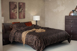 Wholesale King Size Leopard Print Bedspreads - Luxury black leopard print bedding sets Egyptian cotton sheets king size queen quilt doona duvet cover western bed in a bag bedspread
