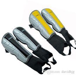 Wholesale Football Padding - NEW 2016 2Colors Sport Football Soccer Anti Crash Leg Shin Pads Guard Protector W  Ankle Socks