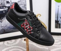Wholesale Dress For Love - Low Top Black And White Leather Men Women G Casual Shoes Fashion Snake Embroidery for Love Sneakers