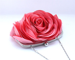 Wholesale cheapest purses - Hot Sale Cheapest Bridal Hand Bag Roes Flower Silk Cloth Clutches Women Chains Messenger Purse Wedding Wallets Formal Banque ZYY