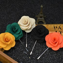 Wholesale Wholesale Fabric Flower Pins - 16 Colors Men's Lapel Pins Brooches For Wedding Suits Fabric Flower Handmade Boutonniere Accessories Uxedo Corsage Brooch Pins