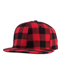 Wholesale Rock Hats - Straight Brim Fashion Gingham Hip Hop Street Rock Caps Plaid Baseball Hat Outdoor Sports Caps Snapbacks Dome Hats Women Men