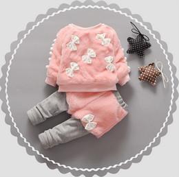Jersey de terciopelo online-Cálido Invierno Niños Niños Bebé Infantil Niñas Espesar Terciopelo Faux Fur Bow Pullover Suéter Top + Pant Legging Conjuntos de ropa