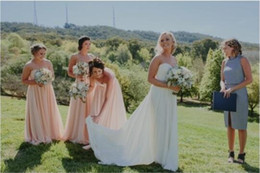 Wholesale Low Priced Long Dresses - Vintage Style A Line Sweetheart Floor Length Chiffon Long Bridesmaid Dress With Pleated Low Price Wedding Party Gowns vestido de festa longo