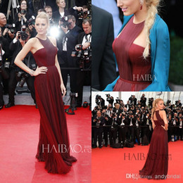 Wholesale Blake Lively Yellow Dress - Blake Lively Celebrity Dreses 2017 The 67th Cannes Film Festival Split Side Jewel Pleats Chiffon Burgundy Evening Dresses Formal Gowns