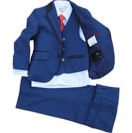Deutschland Super cute baby kleidung kleinen anzug jungen neuesten blumenmädchen kleid anzug blau modische formelle kleidung für jungen (jacke + hose + weste) Versorgung