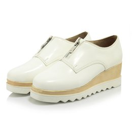 Wholesale Womens Wedges Sneakers - New Arrival Womens' Wedge Platform Casual shoes Black and White colors Low heel Platform Round toe Sneakers with zip in 34-39