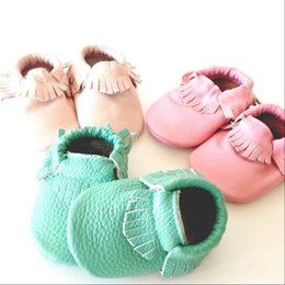 Wholesale Boy Shoes Retail - Retail 2015 New Toddler Infant Head layer Leather Moccasins Boy Girls Soft Soled Fringe Leather Moccasins Shoes 0-24 months 5pairs lot melee