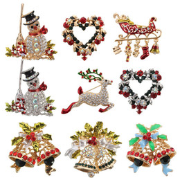 Wholesale Christmas Snowman Crystal Pins - Brand New Christmas Crystal Rhinestone Jeweled Bell Snowman Deer Brooch And Pin Clothes Decor Beautiful Gift