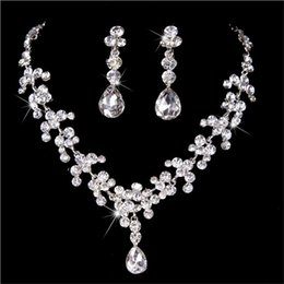 Wholesale Necklaces For Prom Dresses - Wedding Jewelry Shining New Cheap 2 Sets Rhinestone Bridal Dress Jewelery Accessories Crystals Necklace and Earrings for Prom Pageant Party