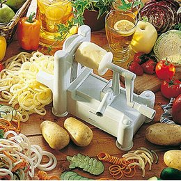 Buenos cuchillos de cocina online-3 en 1 cortador de espiral Fruta de corte de verduras Accesorios de cuchillo de cocina Funny Hand Rotary COCINA SLICER herramienta con embalaje Inglés buenos regalos