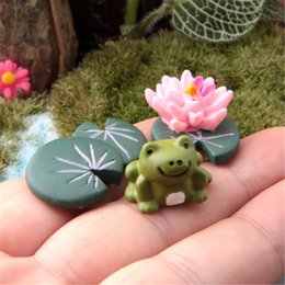 Wholesale Wholesale Ceramic Figurines - Wholesale- 3Pcs Magic Fairy Garden Miniatures Set Cartoon Anime Frog & Lotus Leaf & Flower Micro Landscape DIY Figurines Crafts