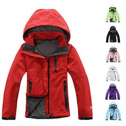 Wholesale Spring Autumn Winter Women Softshell Jackets Outdoor Fleece Soft Shell chaqueta Snowboard Hiking Camping Windbreaker S69