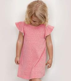 2019 niños americanos estilo de vestir Vestidos de niñas niños de estilo europeo y americano kinning Falbala mosca manga vestidos niños vestido suave A6700 niños americanos estilo de vestir baratos