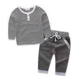 Wholesale Baby Clothes Wholesale Korea - Kids Outfits for Baby Boys Clothing Sets FALL Long Sleeve Warm Cotton Striped 2 Piece Outfits Kids Clothing Korea Toddler Baby Clothes