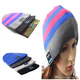 Wholesale Shipping Fashion Speakers - 30pc 2015 Fashion Warm Hat Mini Wireless Speaker Bluetooth Receiver Audio Music Speaker Bluetooth Hat Cap Headset Headphone free ship 1159