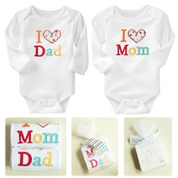 Wholesale I Love Clothes Baby - free shipping New 2015 long sleeve Romper Baby Romper i love Mommy&Daddy Baby Clothing Romper C001