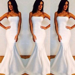 Wholesale Hot Black Woman Maid - 2016 Hot Sale White Mermaid Bridesmaid Dress Strapless Full Length Satin Junior Maid Of Honor Dresses Women Evening Formal Prom Gowns Cheap