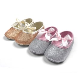 Wholesale Baby Shoes Golden - 2015 Hot Sell Baby Girl Princess Sparkly Shoes Infant Cute Princess Golden Silver Footwear Toddlers Fashion Soft Sole Shoes