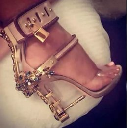 Wholesale transparent pvc red high heels - Transparent PVC Gladiator Sandals Women Padlock Spiked High Heels Pumps Colorful Crystal Beaded Rihanna Dress Wedding Shoes Original Box