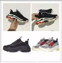 Wholesale Men S Bands - 2017 new Unveils New Triple S Sneakers,High Fashion Spec Trainers,Shoes for Men,Running Man Shoe,men Tripe-S retro Training Sneakers Shoes