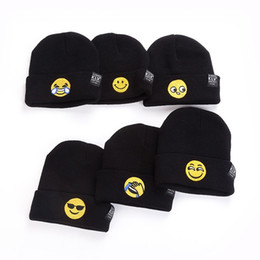 Wholesale Cute Caps For Women - Emoji Printing Knitted Beanies For Men And Women Skull Caps Cute Keep Warm Hedging Hats Black 5 5lz B