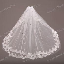Wholesale White Bridal Veil Sparkles - Lace Bridal Veils Sparkling Crystal Wedding Veils Two Layers Elbow Length Short Bridal Veil For Weddng Dresses Bridal Accessories Cheap