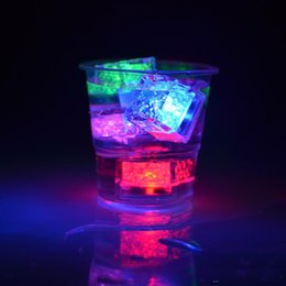 Wholesale Cube Water - Flash Ice Cube LED Color Luminous in Water nightlight Party wedding Christmas decoration Supply Water activitated Led light up Ice Cube