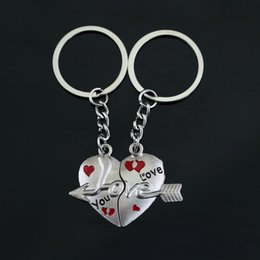 Wholesale Key Piercings - 2pcs set Alloy gift 2in1 Cupid Arrow Keychain Arrow through Piercing heart Key Chain Lovers Couple Lettering Love You Key Ring Pendant y038