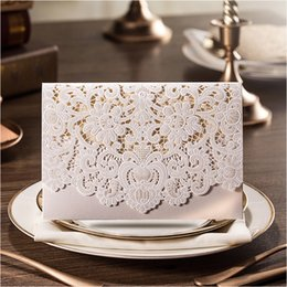 Wholesale folding wedding invitation cards - Free Envelope Personalized Printing Floral Cut-out Wedding Invitations White Elegant Bridal Cards for Wedding Convites De Casamento