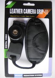 Canada Dragonne de poignet en cuir PU de haute qualité avec poignée souple pour appareil photo Nikon Canon Sony SLR / DSLR avec boîte au détail Offre