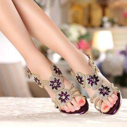 Argentina Señora de cuero genuino High Heel Sandalias Verano Sexy Rhienstone Vestido zapatos púrpura Crystal nupcial de la boda zapatos de tacón de aguja cheap purple floral shoes Suministro