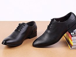 Wholesale Cut Work Dress - New Fashion Men Dress Shoes For Man White Leather Oxford Shoes Male Wedding Shoe Office Work Shoes