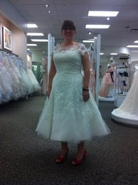 Wholesale Drop Neck T Shirts - Plus size Tea Length Lace Wedding Dresses 2017 Short sleeve bridal gown for beach wedding Beaded Appliques Sheer Neck Button vestidos