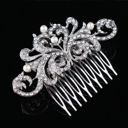 Wholesale Vintage Pearl Wedding Hair Combs - Vintage Fashion Clear Diamante Flower Hair Comb Best Gift Hair Decoration Jewelry H004 Pearl Hair Comb