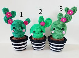 Giocattoli a uncinetto online-Amigurumi uncinetto handmake Cactus Friends amigurumi, bambola giocattolo uncinetto sonaglio sonaglio bambola uncinetto e giocattolo